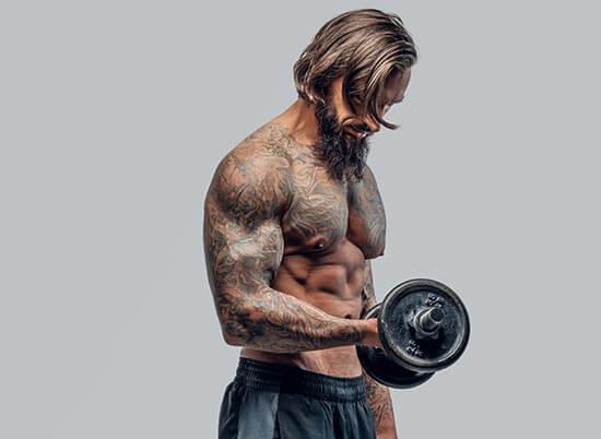 Silové cvičenia vám nielenže pomôžu zvýšiť hladinu testosterónu, ale vám aj vyformujú postavu